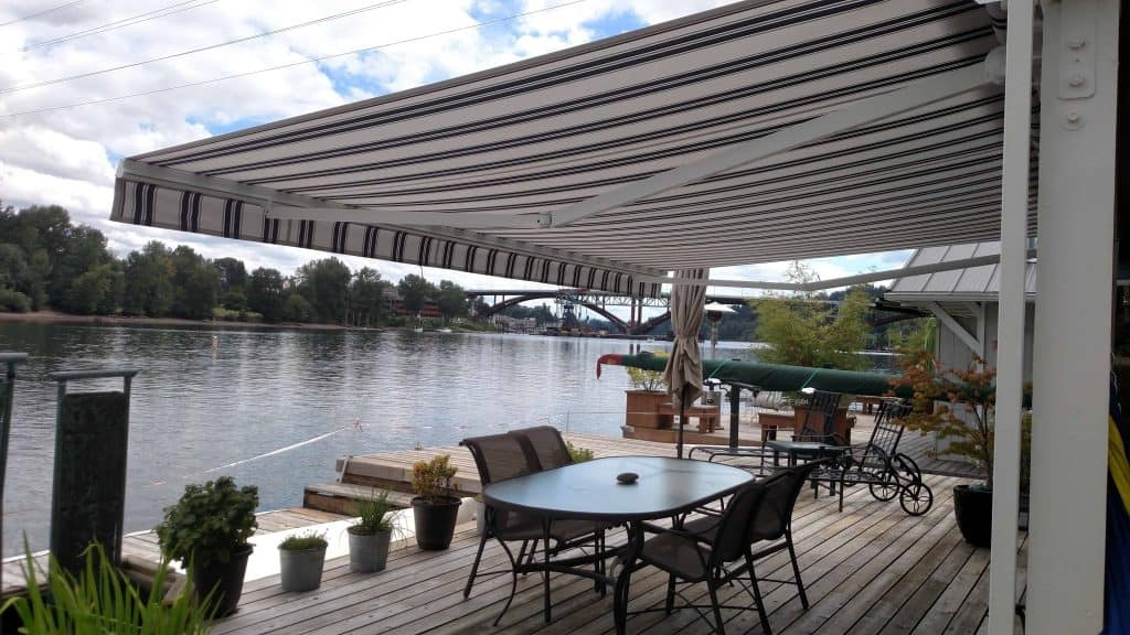 local retractable awning