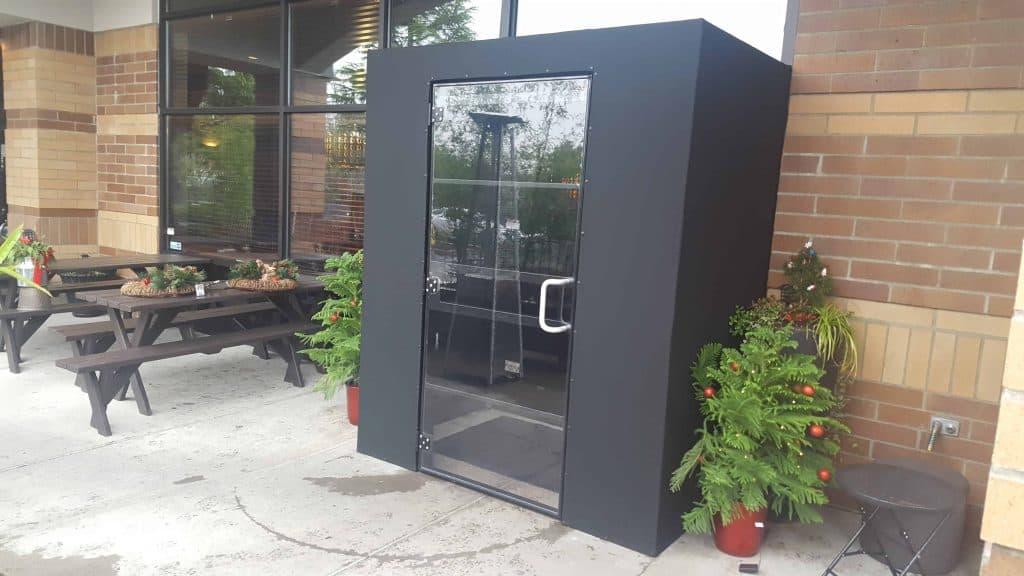 vestibule-enclosure