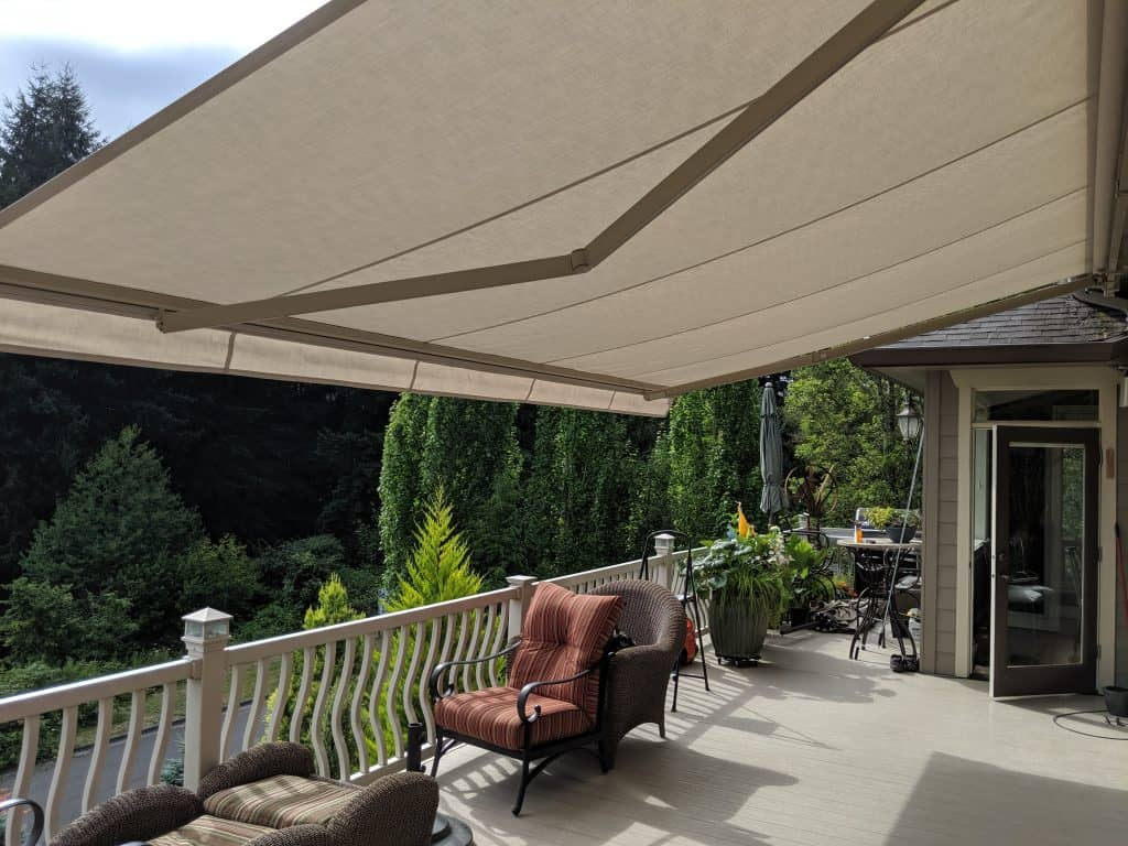 patio retractable awning