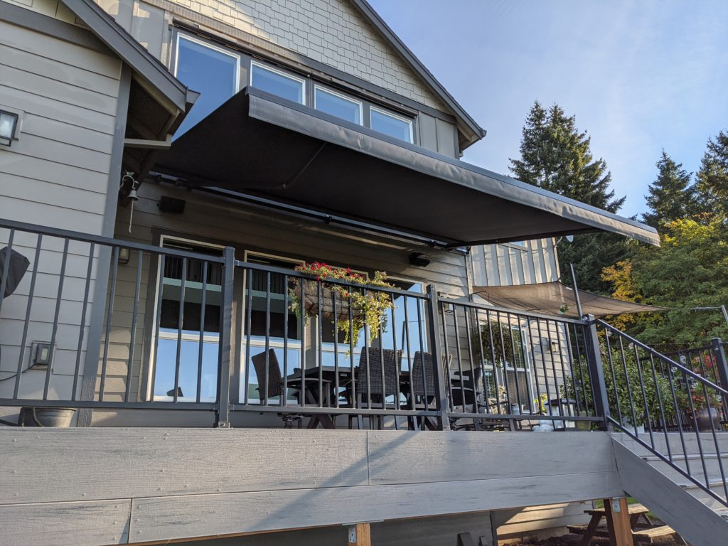 portland retractable awning