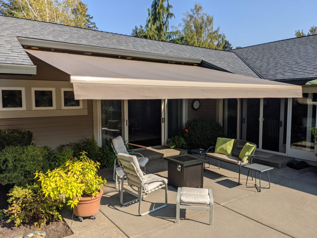 retractable awning portland