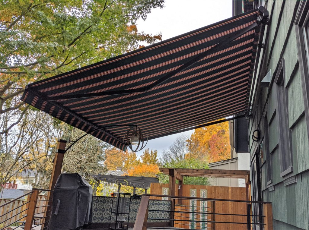 retractable awning portland (2)